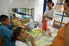 Beim Spielen mit Freunden (Foto: SOS-Archiv)