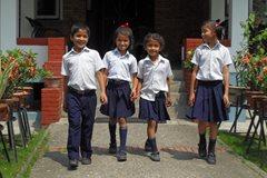 Auf der Weg zur Schule (Foto: SOS-Archiv)