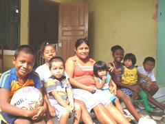 Eine SOS-Familie aus Colón (Foto: I. Molinar)