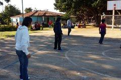 Beim Spielen im SOS-Kinderdorf Luque