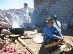 Mütter im SOS-Sozialzentrum (Foto: F. Espinoza)