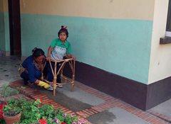 SOS-Mütter bieten Kindern in ihrer Obhut beständige Sorgfalt und Unterstützung (Foto: SOS-Archiv).