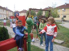 Kinder in unserer Obhut wachsen zusammen mit ihren Brüdern und Schwestern in stabilen Familien auf.  (Foto: SOS-Archiv)
